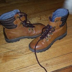 Tommy Hilfiger boy's boots,sz US1